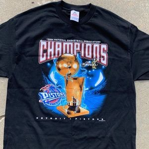 2004 Pistons NBA Finals VF Imagewear Mens XL